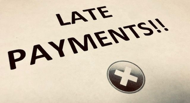 Ministers look to tackle late payments